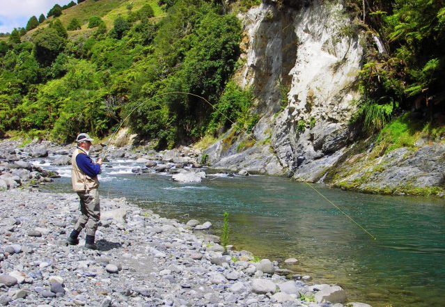 Tui Lodge luxury accommodation in Turangi is the perfect base for your fly fishing adventure