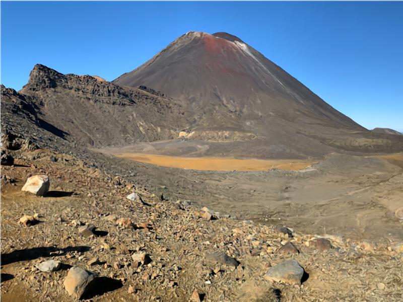 Tui Lodge luxury accommodation in Turangi is the perfect base for the Tongariro Crossing